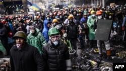 La Kiev protestatari și forțe de poliție față-n față