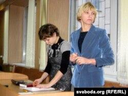 Адвакатка Аліна Шостак (л) і Зінаіда Цімошак (п)