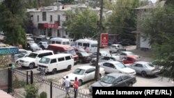Бишкектеги жол тыгыны.