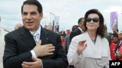 Зин Эл-Абидин Бен Али аялы Лейла менен соңку президенттик шайлоо алдында, 11.11.2009