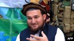 پاکستان تر اوسه د احسان الله احسان د تښتېدو یا نه تښتېدو په اړه کومه تبصره نه ده کړې.