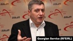 По мнению эксперта Кахи Кахишвили, от того, кто выйдет на второе место, реально зависит конкретная политическая ситуация в Грузии в ближайшие четыре года