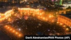 ARMENIA -- Opposition demonstrators gathered on the Republic Square celebrating Armenian Prime Minister's Serzh Sarkisian's resignation in Yerevan, April 23, 2018