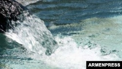 Անիի տարածաշրջանում երաշտ է, բայց Ախուրյանի ջրամբարից օգտվել չեն կարողանում