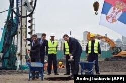 Aleksandar Vučić i Mohamed Alabbar obeležavaju početak gradnje 'Beograda na vodi', 2015.