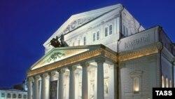 Какой бы проект реконструкции ни был принят, понятно, что в таком виде Большой театр появится перед москвичами не скоро