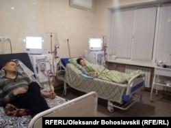 Жена Александра три раза в неделю проходит гемодиализ в областной больнице в Краматорске