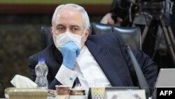 آقای دوبوویتز میگوید محمدجواد ظریف و وزارت خارجه ایران نقش بسیار مهمی را در سوءاطلاعرسانی در مورد کرونا بازی کردهاند.