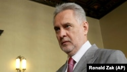 Dmytro Firtash attends his trial at the Austrian Supreme Court in Vienna on June 25, 2019.