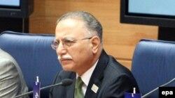 Турецкий политик Экмеледдин Ишаноглу.