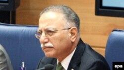 Түркиялық саясаткер Экмеледдин Ишаноглу.