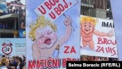 Sa protesta u Sarajevu, 11. jun 2013.