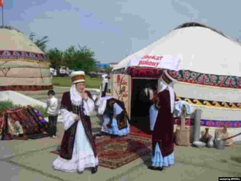 Ежегодный юрточный фестиваль в Оше.