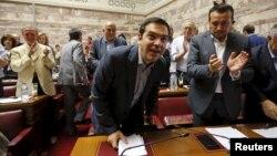 Премьер-министр Греции Алексис Ципрас прибыл на заседание в парламент. Афины, 10 июля 2015