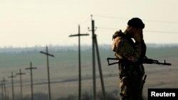 Украинский солдат на границе с Россией