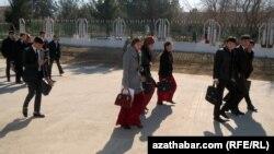 Студенты, Туркменистана (архивное фото)