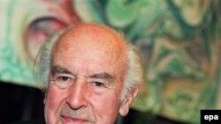 Альберт Хофман - изобретатель ЛСД. Фотография сделана в ноябре 1998 года