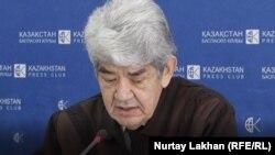 Лидер экологического союза «Табигат» Мэлс Елеусизов на пресс-конференции заявил о намерении создать партию. Алматы, 13 февраля 2019 года.