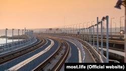 Железнодорожная часть Керченского моста