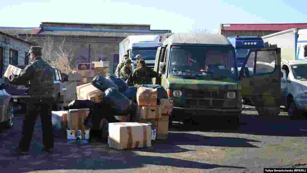 Львівські волонтери прибули з гуманітарною допомогою