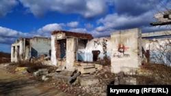 Развалины столовой ЗКП ЧФ – объекта №221