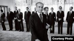 محمدرضا شاه پهلوی ملقب به شاهنشاه آریامهر، بیش از هر کس دیگری در قرن بیستم بر ایران حکومت کرد.