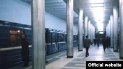 Metroda qatarların hərəkəti saat 10:08-də bərpa olunub