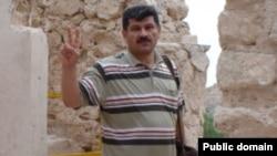 بهمن احمدی امويی از سوی شعبه ۵۴ دادگاه تجديد نظر به پنج سال زندان قطعی محکوم شده است.