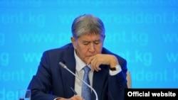Алмосбек Отамбоев ба ҳалли сареъи масоили марзӣ бо Тоҷикистон хушбин аст