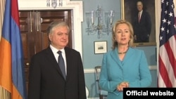 U.S. -- U.S. Secretary of State Hillary Clinton meets with Armenian Foreign Minister Edward Nalbandian in Washington, D.C., 19May,2011