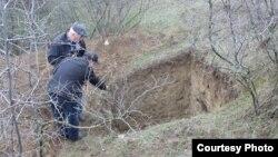 Специалисты Агентства по охране культурного наследия оценивают ущерб, март 2019 г.