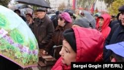 Противники строительства завода на встрече с депутатом