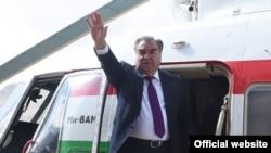 Эмомали Рахмон в ГБАО. 11 сентября 2018 года. Фото пресс-службы президента Таджикистана
