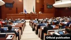 Татарстан парламенты утырышы, архив фотосы