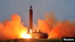 Пуск балістичної ракети в КНДР, ілюстративне фото