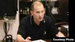 Арестованный Мухтар Джакишев дает показания. 5 ноября 2009 года.