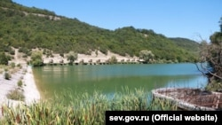Озеро в селе Терновка, Севастополь