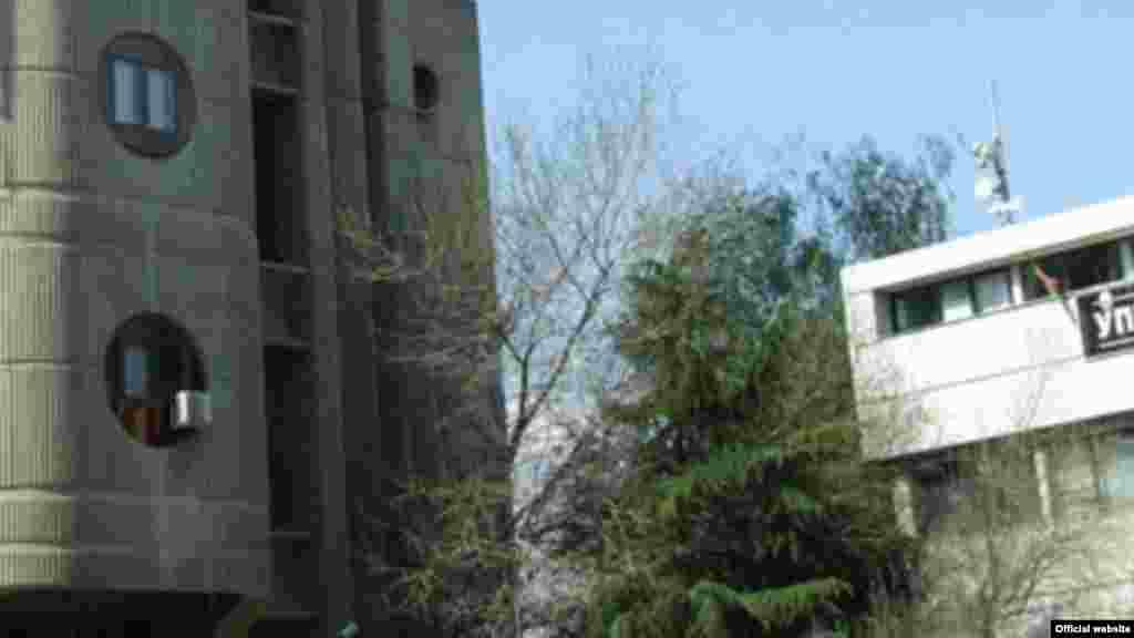 УПРАВНИОТ СУД ОДБИ 16 ПАРТИСКИ ТУЖБИ ЗА ПРВИОТ КРУГ ОД ИЗБОРИТЕ Скопскиот Управен суд одби 16 тужби на партиите за изборите како неосновани. 14 од нив се поднесени од ВМРО-ДПМНЕ, и по една од ТМРО и Левица. Одлуките на Управниот суд се конечни.