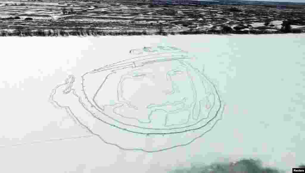 To commemorate the 55th anniversary of the first manned space flight, Russian activists Aleksei Busarov and Oleg Butsky drew a huge portrait of Gagarin on the ice of a frozen lake. To do that, they used satellite navigation equipment and spades.