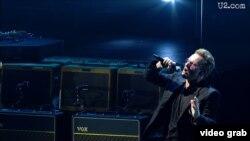 Poslije U2 su u Sarajevo došli i svirali još neki poznati muzičari