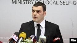 Прес-конференција на министерот за локална самоуправа Лирим Шабани.