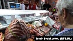 Pojedine veće mesare poslednjih nekoliko dana dva do tri puta su podizale cenu mesa, ilustrativna fotografija