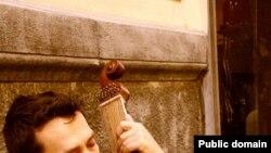 Бандурист Василь Моргоч співає у Неаполі