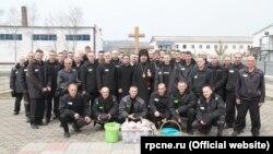 Заключенные исправительной колонии строгого режима №27 поселка Волчанец