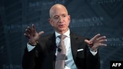 Богатейший человек по версии Forbes Джефф Безос, основатель интернет-компании Amazon.
