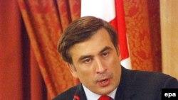 Решение об отмене чрезвычайного положения Михаил Саакашвили обещает принять лично, без какого-либо давления со стороны