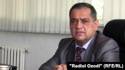 Уполномоченный по правам человека в Таджикистане Зариф Ализода. Душанбе, 31 мая 2011 года.
