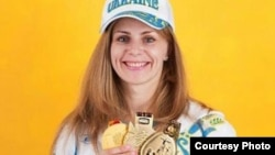 Багаторазова абсолютна чемпіонка і рекордсменка планети з пауерлфітингу, українка Лариса Соловйова