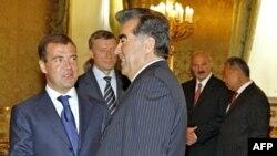 Президентҳои кишварҳои узви Созмони амнияти дастаҷамъӣ дар Маскав, 5-уми сентбяри 2008