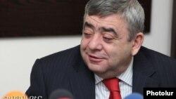 Levon Sarkisian in a 2011 photo